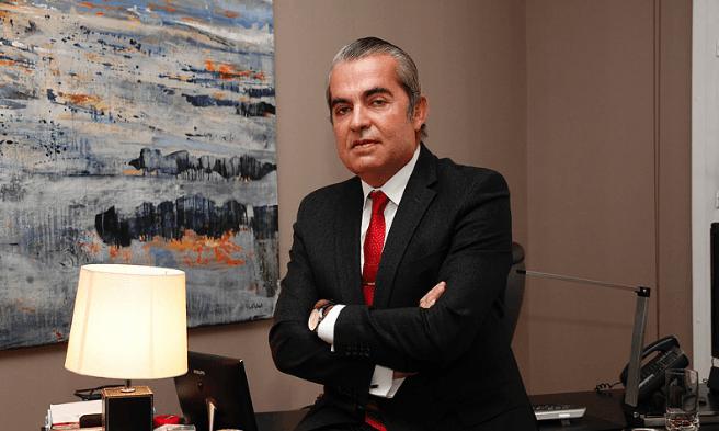 Juan-Ignacio-Navas-en-el-despacho-de-abogados-de-Madrid